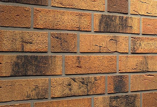Плюсы и минусы фасадной плитки под кирпич