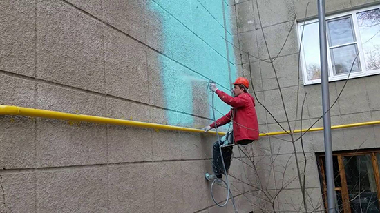 Особенности покраски фасада краскопультом