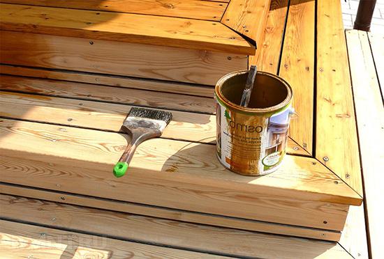 Как сохранить деревянное здание с помощью масла