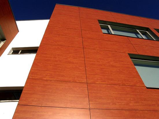 Панели фасадные под дерево: преимущества, материал и цена