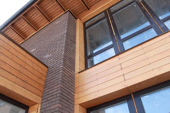 Вся правда о вентилируемом фасаде из натурального дерева