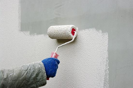 Водоэмульсионная краска это новое слово в проведении наружных работ