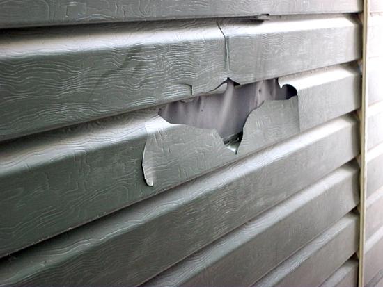 Сайдинг: ремонт и уход за материалом