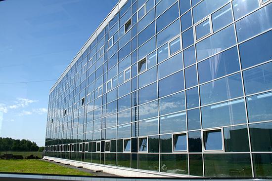 Особенности остекления вентилируемых фасадов