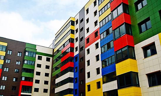 Вентилируемые фасады: декоративная защита жилых многоэтажных домов