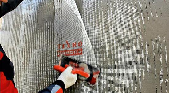 Использование фасадного клея для наружных работ
