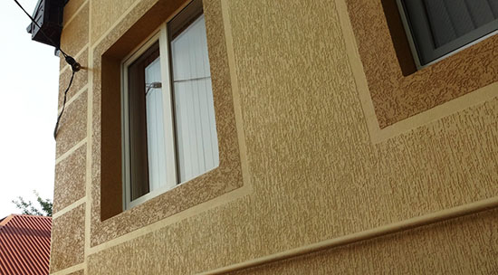 Выбор и технология нанесения декоративной штукатурки на фасад